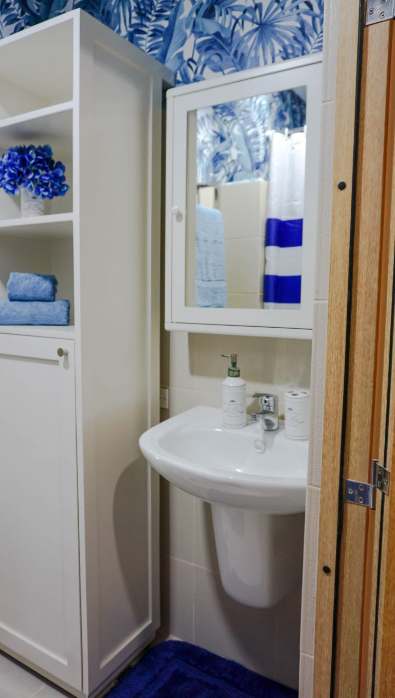 bathroom with blue and white elements home color ideas